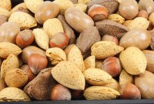 Ořechy - zdravá alternativa mlsání