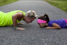 Cvičení vlastní vahou vás dostane do formy