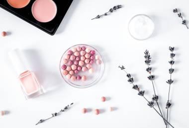 Parabeny v kosmetice: Vyznejte se v nich jednou provždy!